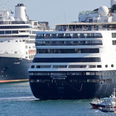 Foto: Pasajeros de cruceros con casos de coronavirus finalmente bajan en Florida