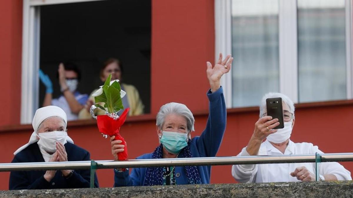 Tiene 107 años y sobrevivió a dos pandemias — España