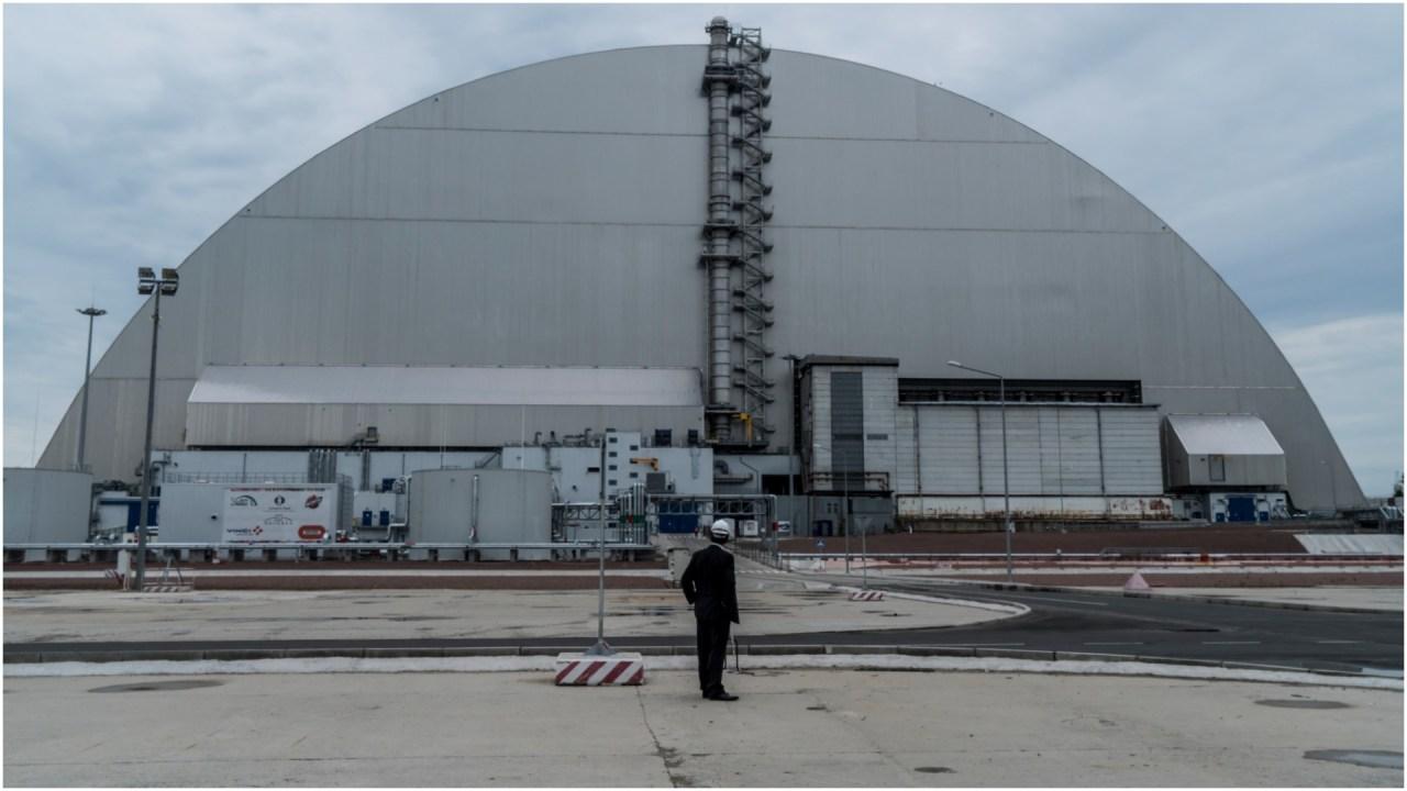 Imagen: Un incendio ocasionó que la radioactividad en Chernóbil se disparara, 5 de abril de 2020 (Getty Images)