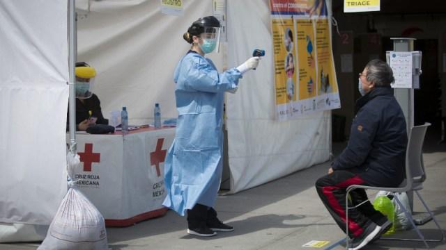 Foto: Investigan en Nuevo León técnica de plasma como potencial cura para coronavirus, 3 de abril de 2020, (OMAR MARTÍNEZ /CUARTOSCURO.COM)