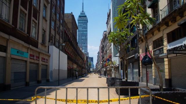 Foto: Registran poca afluencia de gente en el Centro Histórico de la CDMX, 3 de abril de 2020, (Cuartoscuro, archivo)