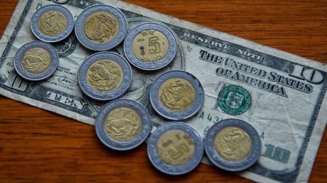FOTO: Peso se negocia en $24.33 por dólar este 8 de abril, el 8 de abril de 2020