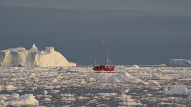 Capa de hielo de Groenlandia se reduce a ritmo récord
