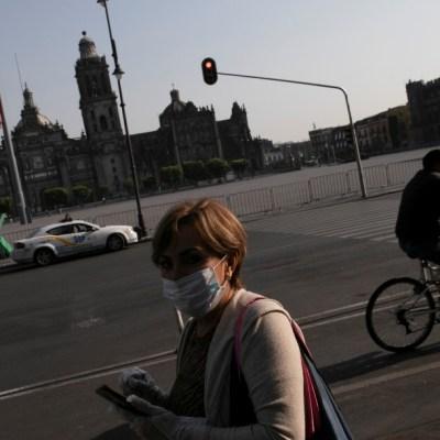 Expertos de la UNAM sugieren usar cubrebocas en lugares públicos