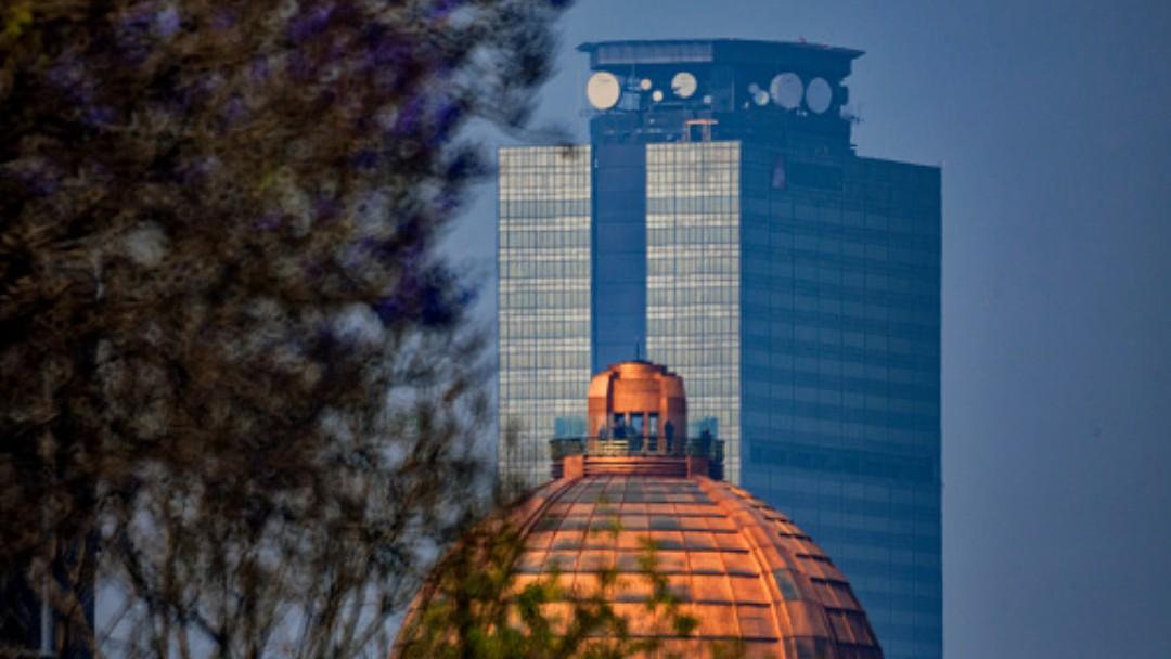 Foto: Torre de Pemex en la Ciudad de México. Getty Images