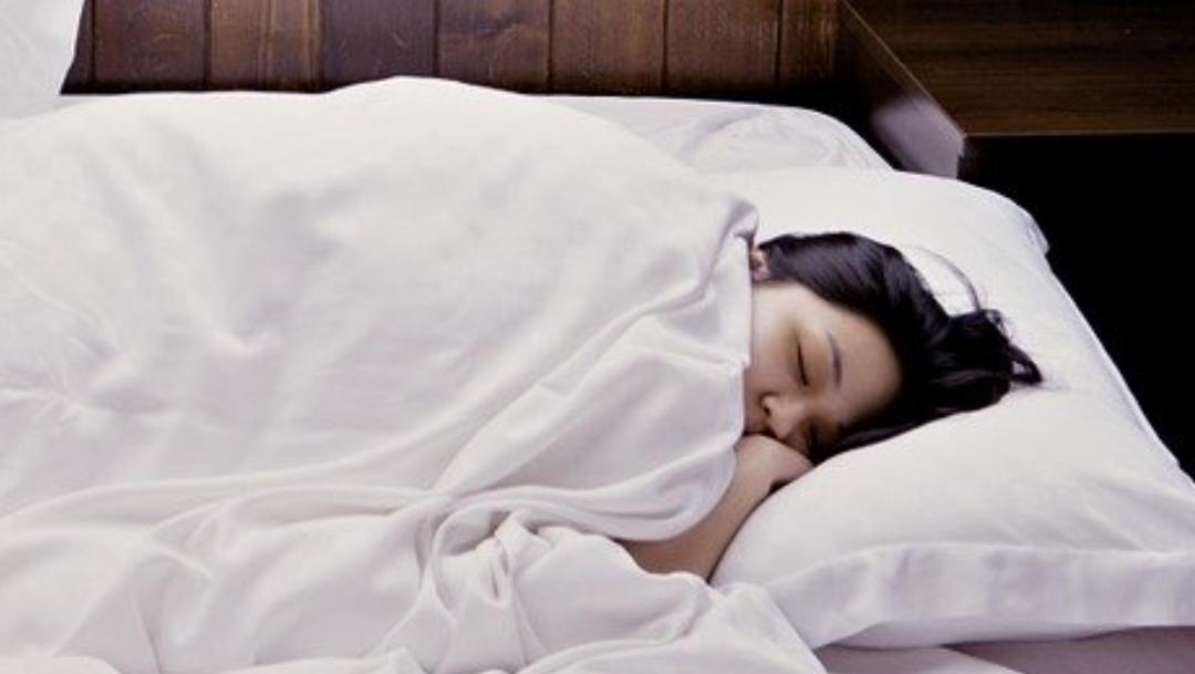 ¿Por qué hablamos dormidos y qué significado tiene?