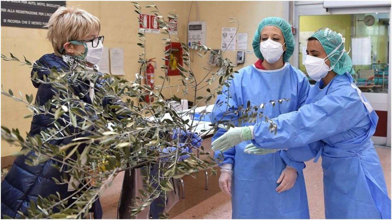 Foto: Las muertes en Italia a causa del coronavirus siguen a la baja, 5 de abril de 2020 (EFE)