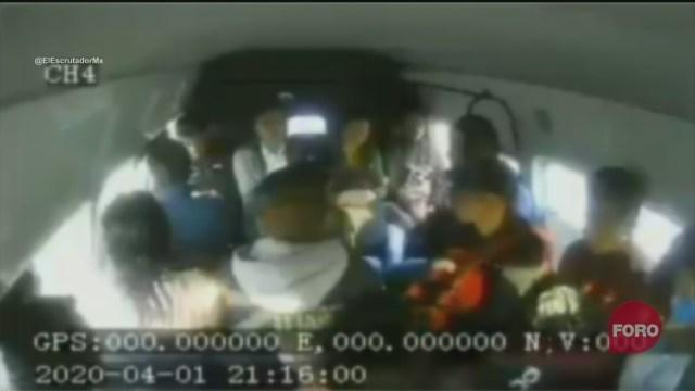 Foto: así roban a pasajeros de combi en Ixtapaluca 2 Abril 2020