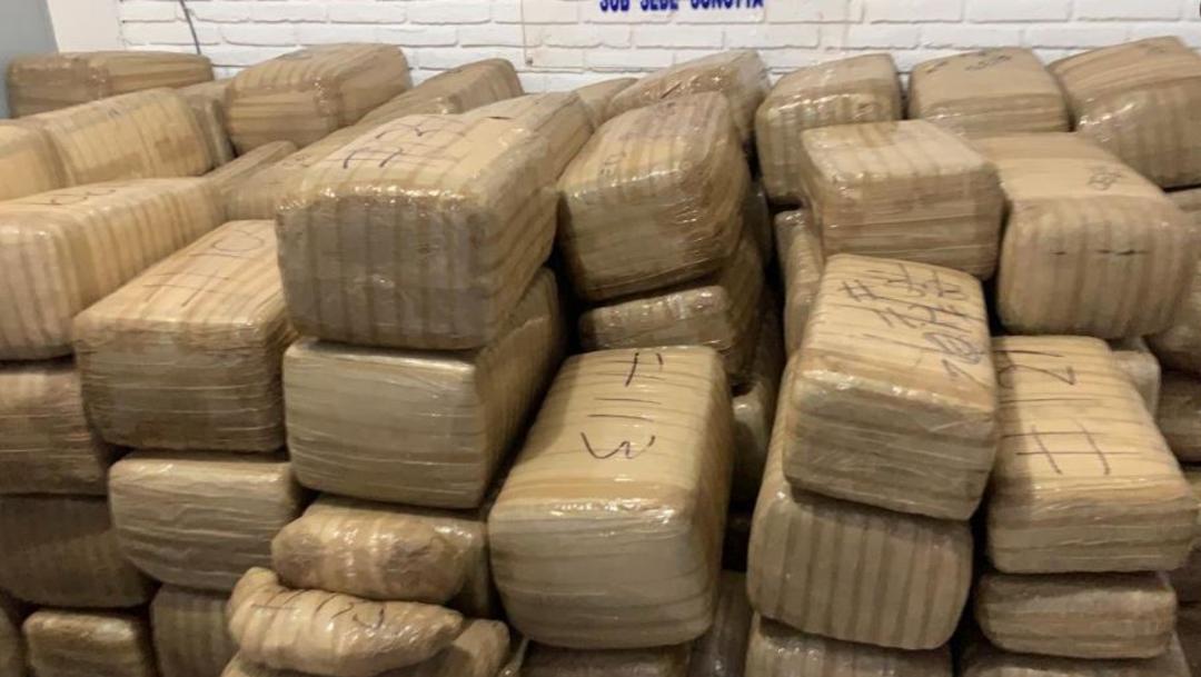 Guardia Nacional asegura 137 paquetes confeccionados con cinta canela que contenían marihuana. (Foto: Twitter/archivo)