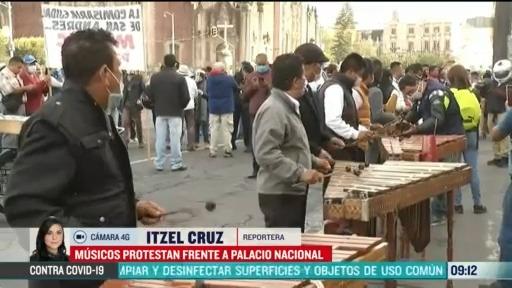 musicos protestan frente a palacio nacional