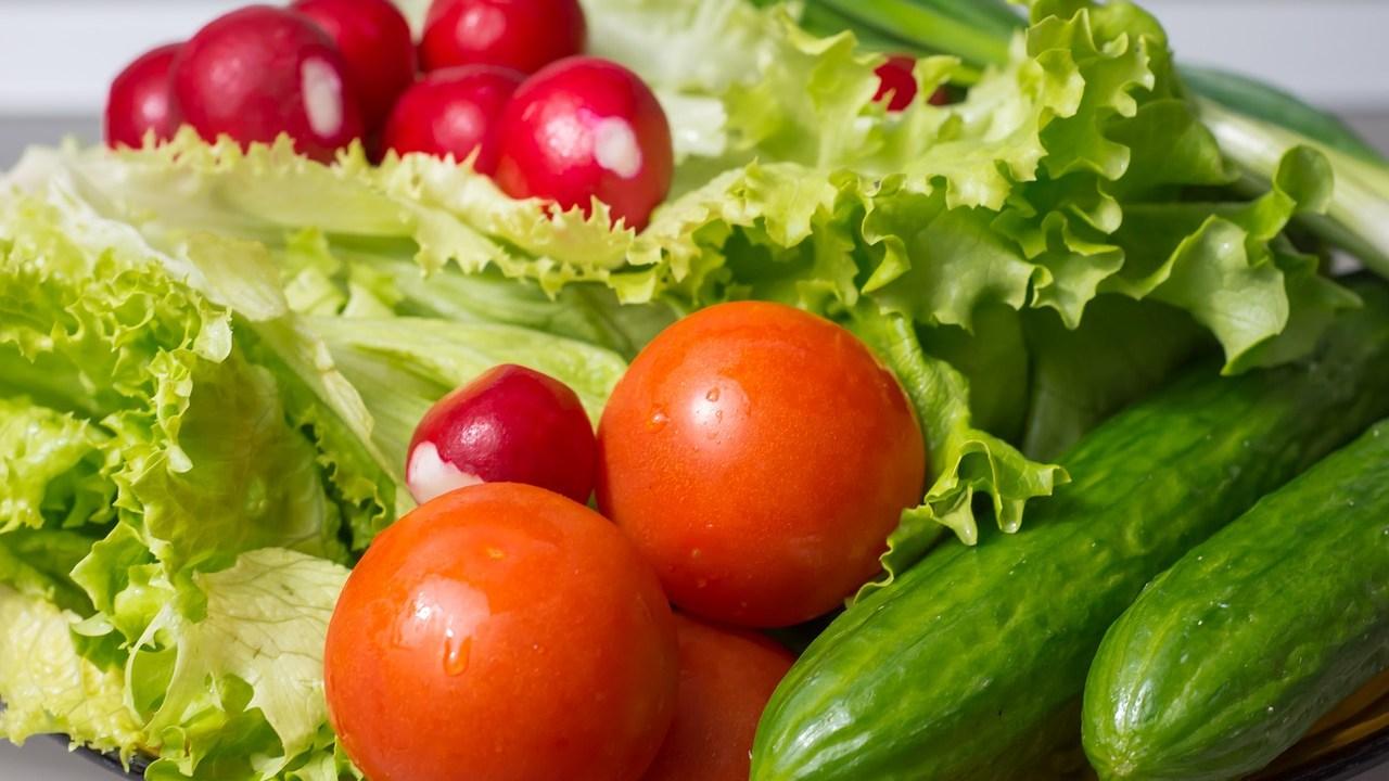 Verduras-y-Frutas-Como-Conservar-Lechuga-Alimentos-Espinacas-Apio-Platanos-Como-Guardar-Frutas-Frutas-Rojas-Verduras-Congeladas, Ciudad de México, 26 de abril 2020