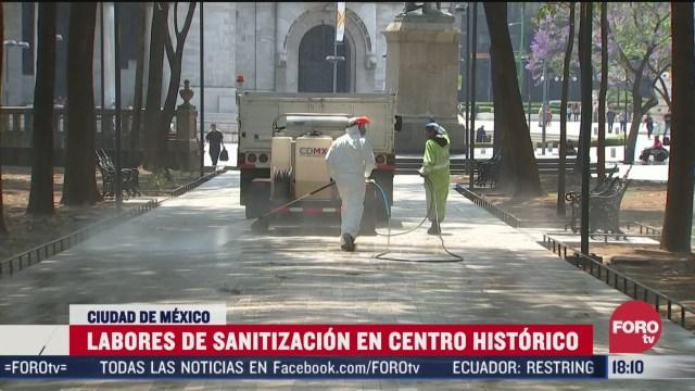 FOTO: sanitizan espacios publicos del centro historico de la cdmx