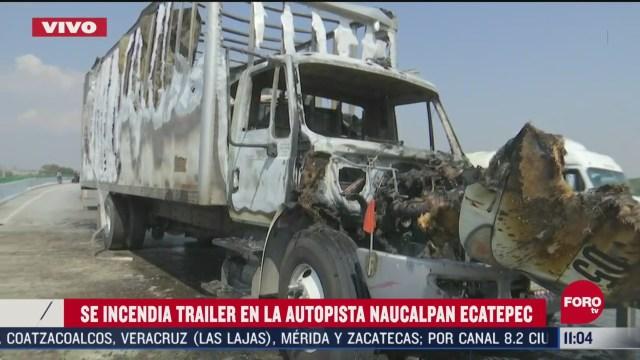 FOTO: 25 de abril 2020, se incendia trailer en autopista naucalpan ecatepec