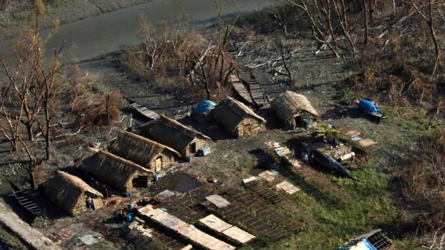 FOTO: India y Bangladesh se preparan ante impacto de súper ciclón Amphan, el 19 de mayo de 2020