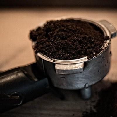 Mira todos los usos caseros que tiene el café (además de preparar bebidas)