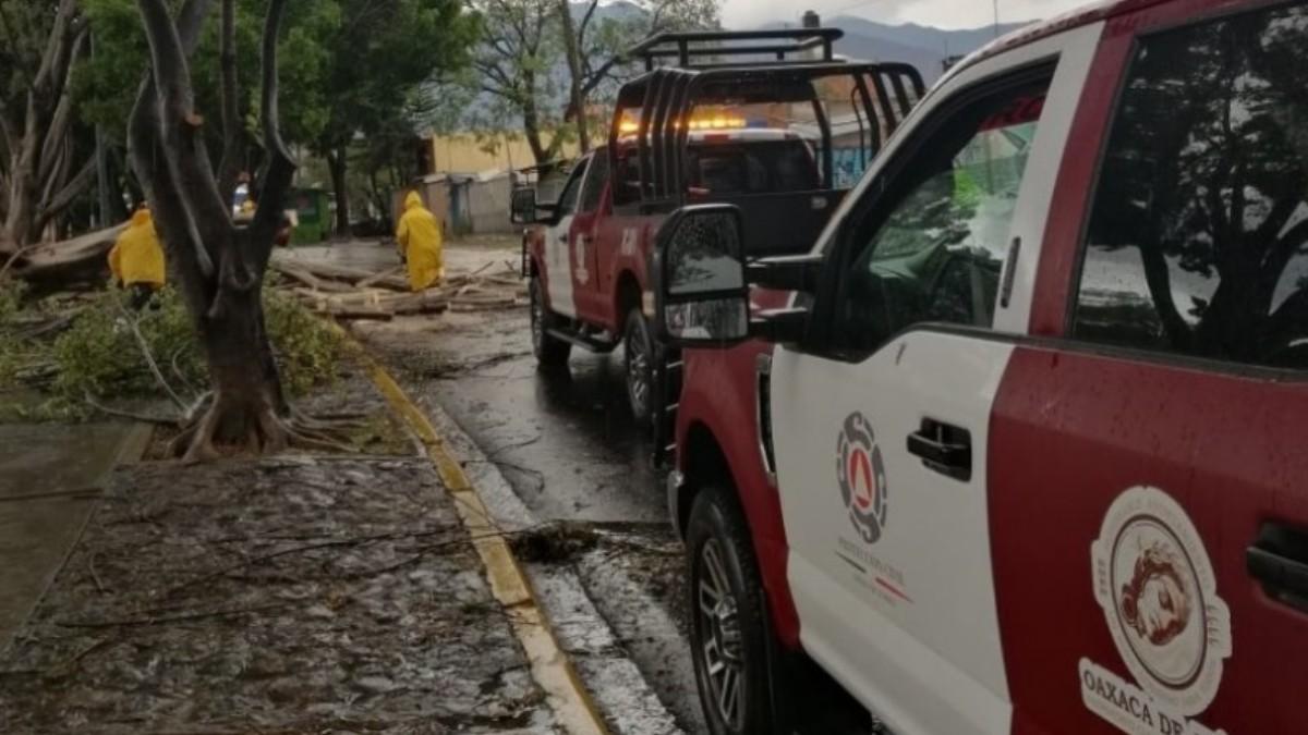 Lluvias en Oaxaca hoy provocan inundaciones