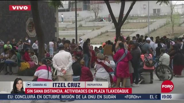 Habitantes de CDMX salen a las calles pese a contingencia