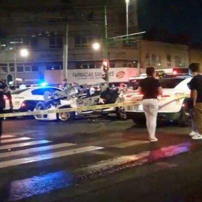 Mueren dos hombres al chocar su auto en la colonia Obrera, CDMX