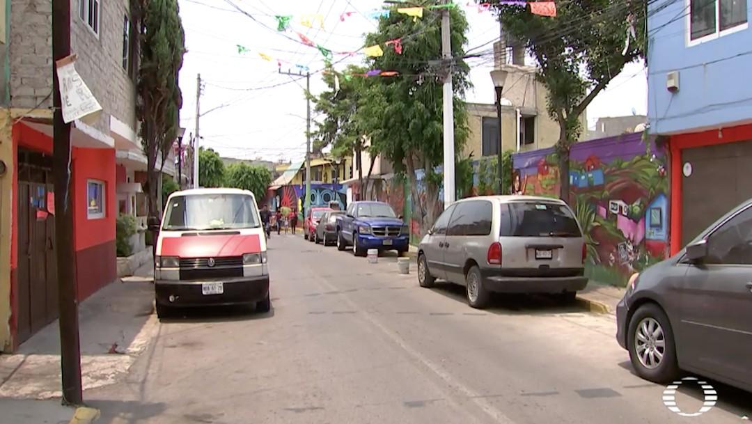 Cerco sanitario en Callejón 57 de Iztapalapa por COVID-19
