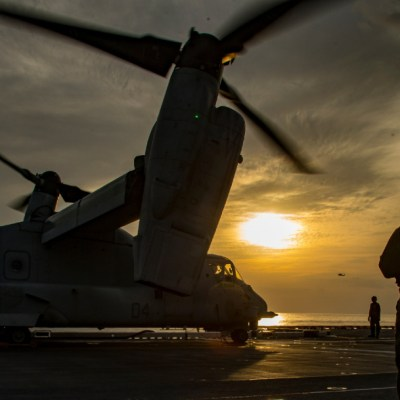 Marina de EEUU revela nuevos archivos de OVNIS