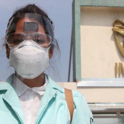 Felicita a AMLO a enfermeras, 'heroínas' que salvan vidas