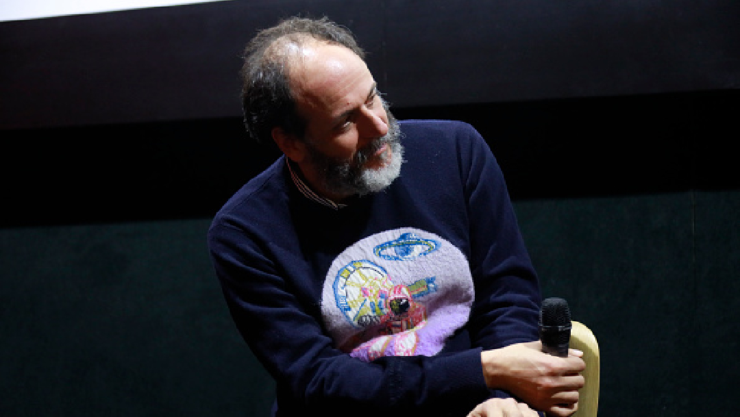 """Foto: Luca Guadagnino será el director de la nueva película de """"Scarface"""", 14 de mayo de 2020, (Twitter @DiarioDeYucatán)"""