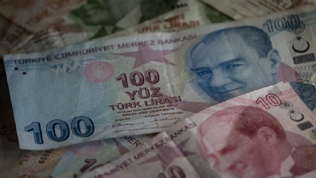 Foto: Lira se hunde a mínimos históricos; Turquía prohibe transacciones con tres bancos , 7 de mayo de 2020, (Getty images, archivo)