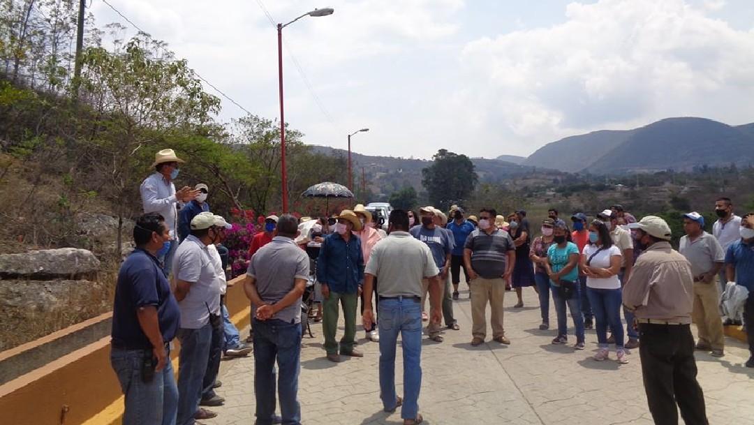 Habitantes de Santa Catarina Cuixtla impiden sepultar mujer