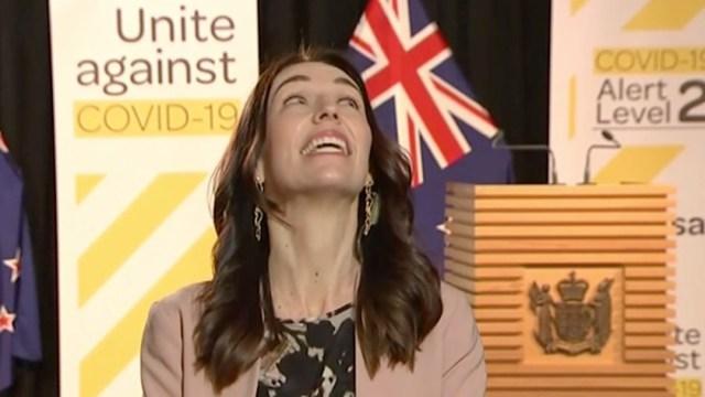 Terremoto sorprende a Jacinda Ardern, primera ministro de Nueva Zelanda