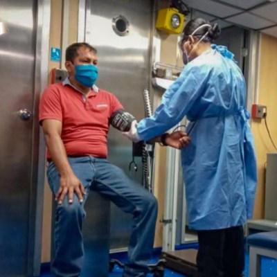 AMLO anuncia homenaje a médicos y enfermeras de la Marina que atienden coronavirus