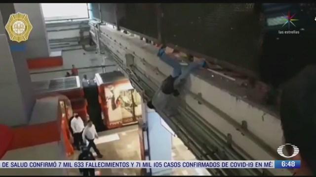 policias de la cdmx evitaron que un hombre se suicidara