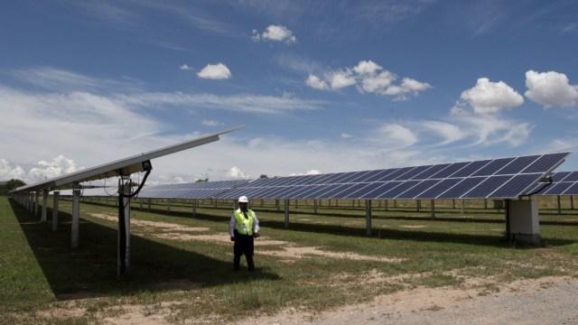 Publican política que pone controles a centrales de energía
