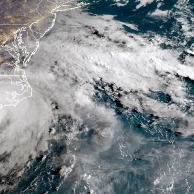 FOTO: Se forma tormenta tropical Bertha y se aproxima a costa de Carolina del Sur, el 27 de mayo de 2020