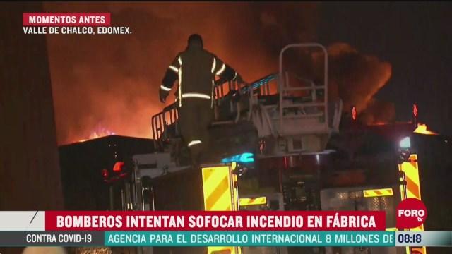 un incendio consume una fabrica en valle de chalco