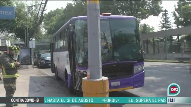 unidad de transporte publico choca en calzada de tlalpan en cdmx