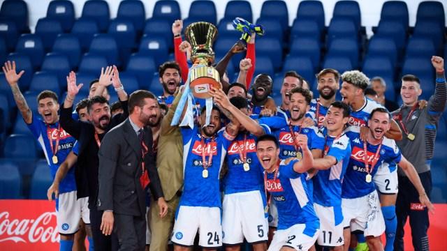 Foto: Napoli, de Hirving Lozano, se corona campeón de la Copa Italia tras vencer a la Juventus, 17 de junio de 2020, (Getty Images, archivo)