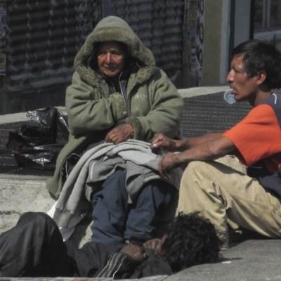 Aumenta violencia contra adultos mayores en situación de calle durante pandemia por COVID-19