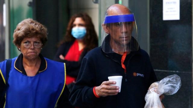 FOTO: Renuncia ministro de Salud de Chile en plena crisis de COVID-19, el 13 de junio de 2020