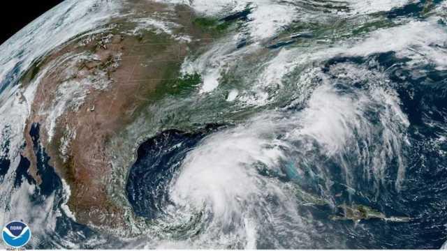 Imagen: La tormenta Cristóbal se fortalece en el Golfo de México, 6 de junio de 2020 (EFE)