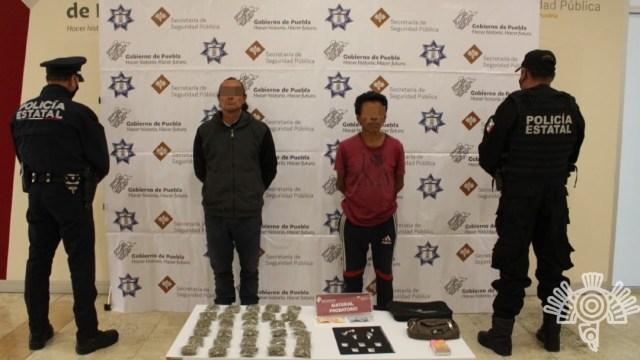 """Detienen a dos narcomenudistas de la banda criminal de """"La Patrona"""" en Puebla"""