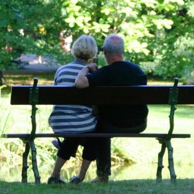 Pensión para el Bienestar de los Adultos Mayores abre registro telefónico