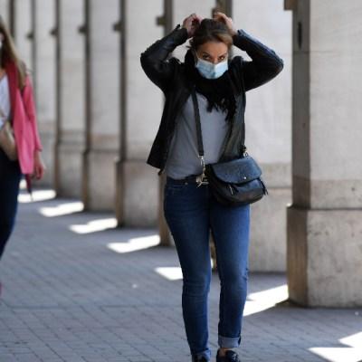 Francia reduce restricciones de viaje implementadas por COVID-19 a sus ciudadanos