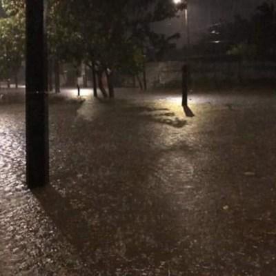 Intensa lluvia en Veracruz causa inundaciones en diferentes colonias