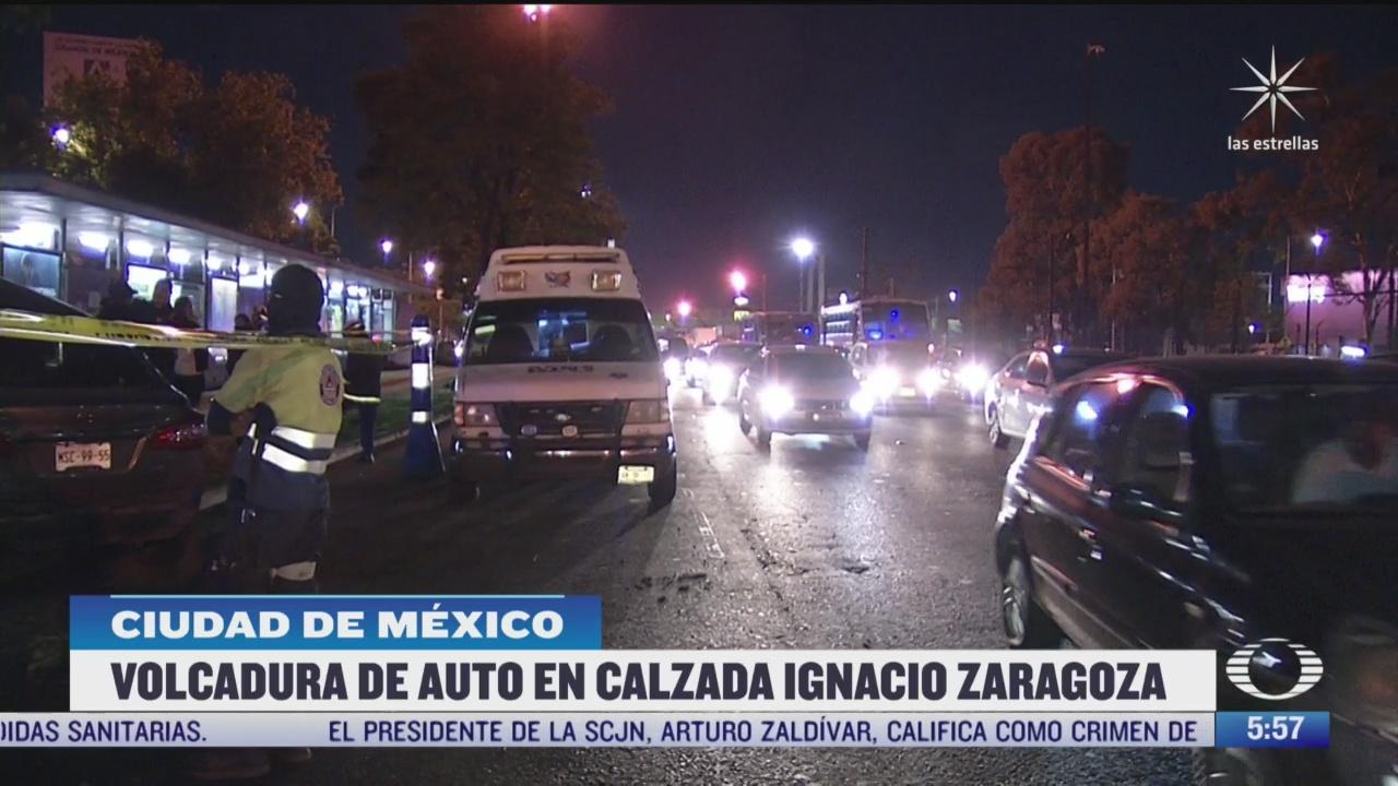 muere hombre tras volcar vehiculo en la calzada zaragoza en cdmx