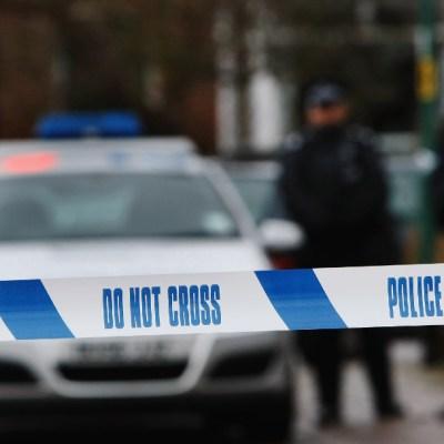 Solo un agresor y ningún motivo claro en el ataque terrorista con cuchillo en Inglaterra