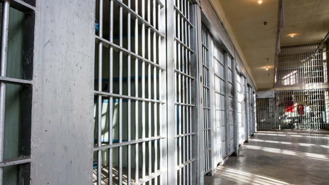 Detectan primer caso de coronavirus en una cárcel de Grecia