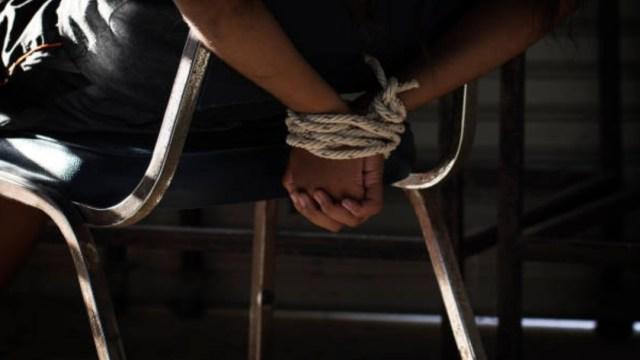 Hasta hace algunos años los secuestros eran cometidos principalmente contra empresarios, hoy la realidad es distinta, indica Alto al Secuestro. (Foto: Getty Images, archivo)