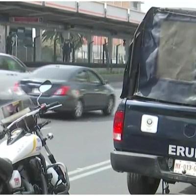 Muere hombre tras arrojarse a las vías del Metro en la estación Xola