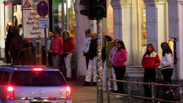 FOTO: Trabajadores sexuales en Alemania piden fin de restricciones por coronavirus, el 2 de junio de 2020