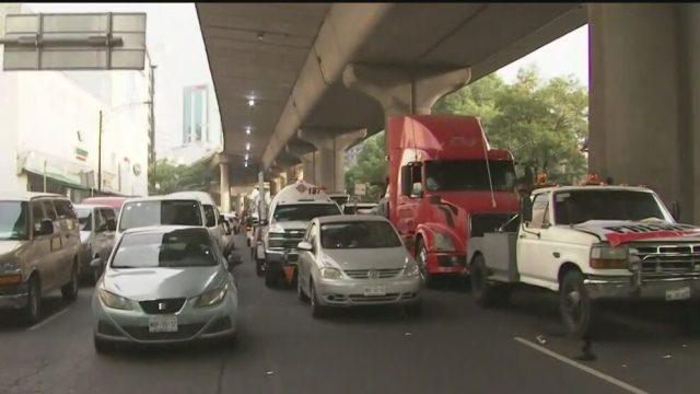 transportistas protestan en periferico en cdmx